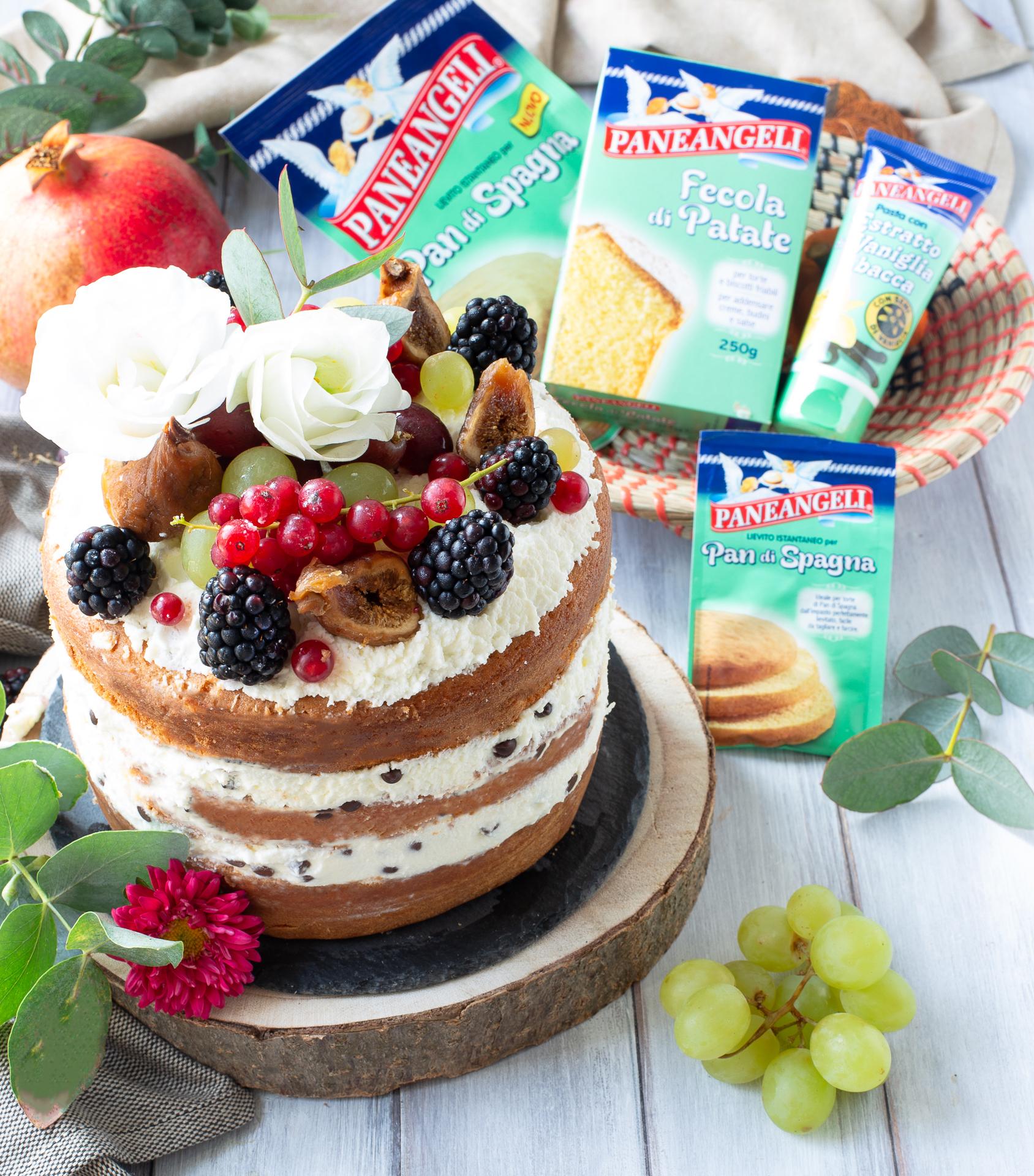 Naked cake al cioccolato e frutti di bosco | Mamma Gy