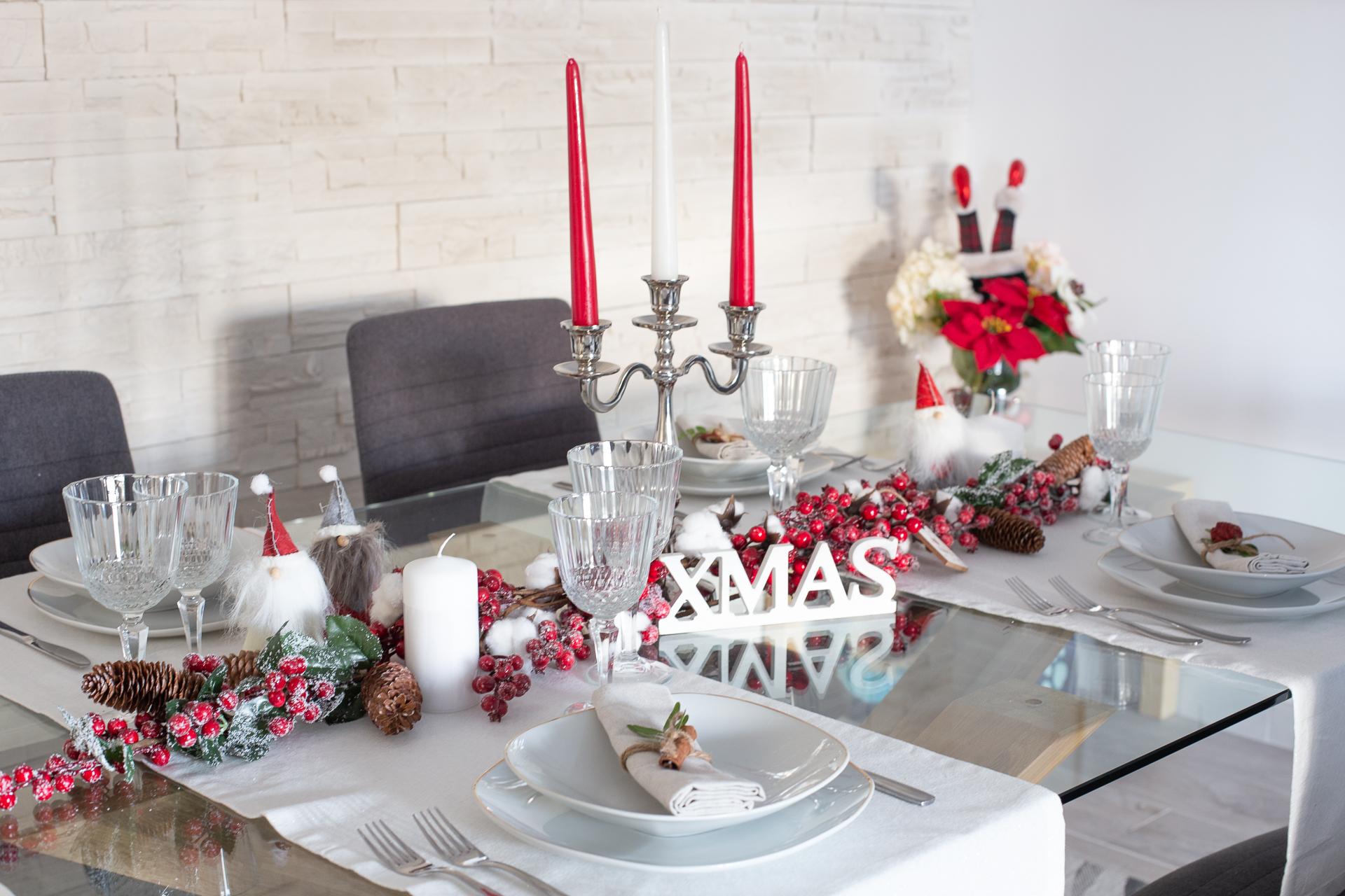 Come apparecchiare la tavola di Natale foto 2018 | Mamma Gy